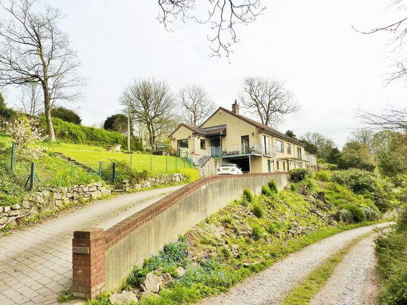 Stonehenge Lane Tickenham