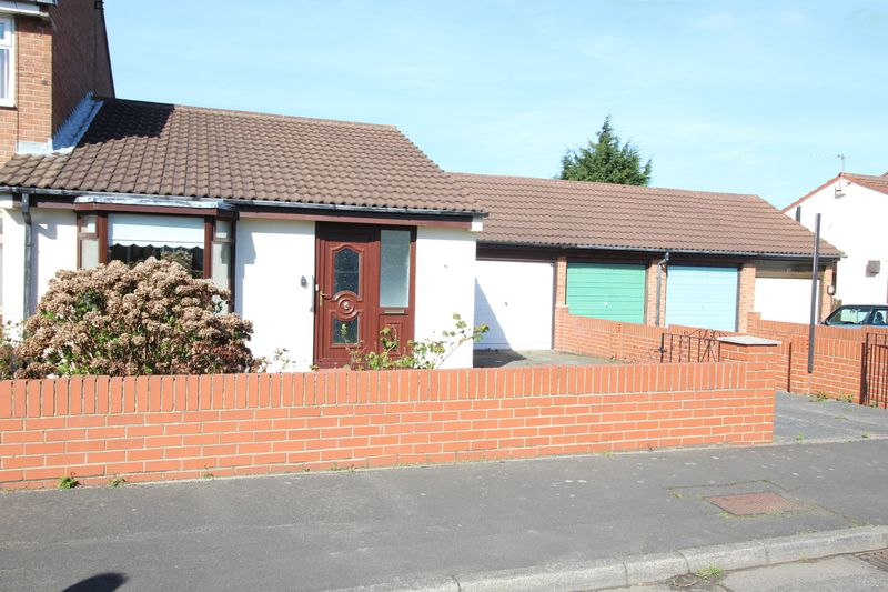 2 Bedrooms Semi Detached Bungalow for sale in Cook Close, South Shields