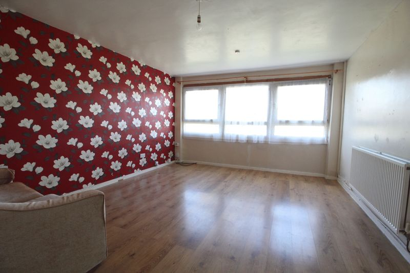 4 Bedrooms Flat for sale in Anderson Street, South Shields