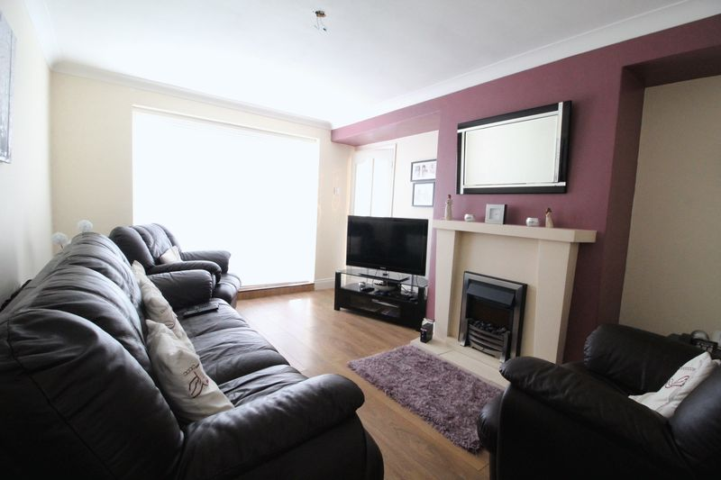 2 Bedrooms Terraced House for sale in Australia Grove, South Shields