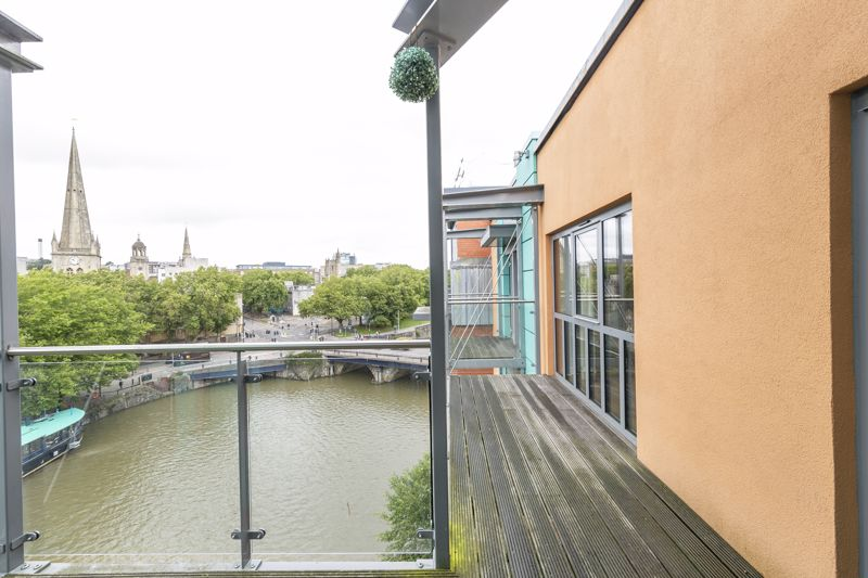 Bridge Quay 138-141 Redcliff Street City Centre