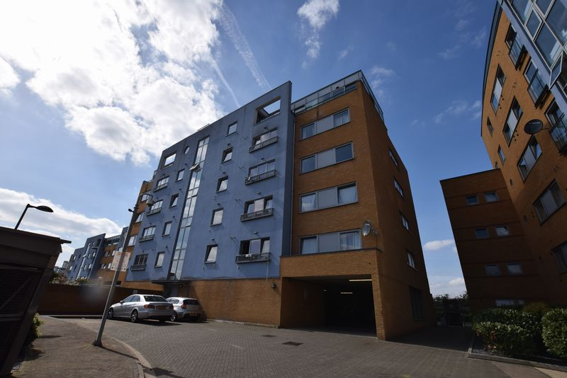1 Bedroom Flat for sale in Merbury Close, West Thamesmead