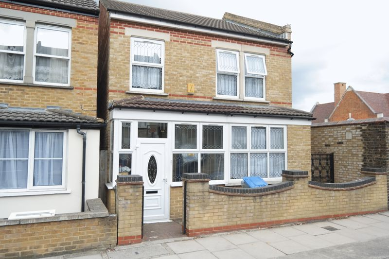 5 Bedrooms Detached House for sale in Nithdale Road, Shooters Hill