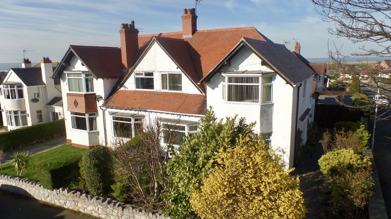 4 Bedrooms Semi Detached House for sale in Aberconway Road, Prestatyn