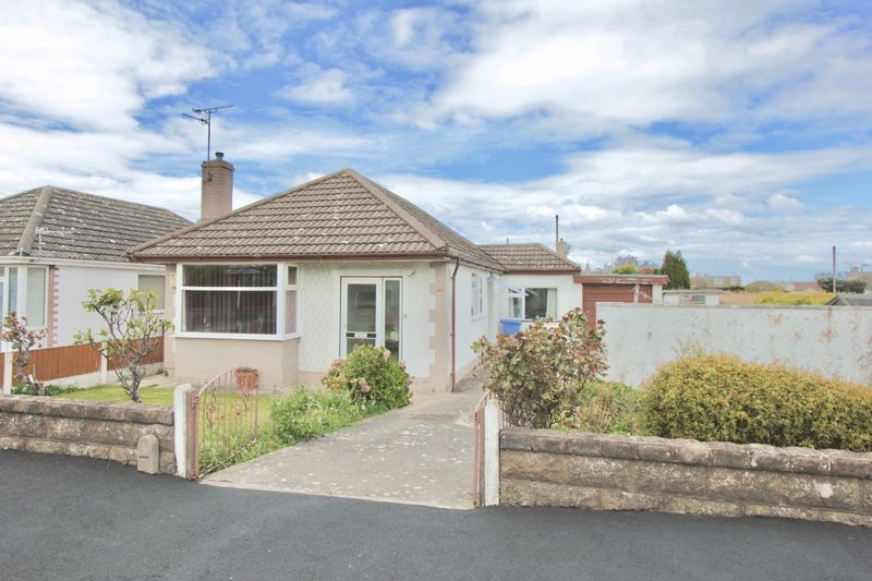 3 Bedrooms Detached Bungalow for sale in Canterbury Drive, Prestatyn