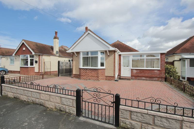2 Bedrooms Detached Bungalow for sale in Marion Road, Prestatyn