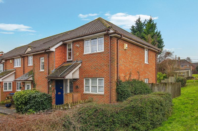 1 Bedroom Property for sale in Chapel Meadow, Tring