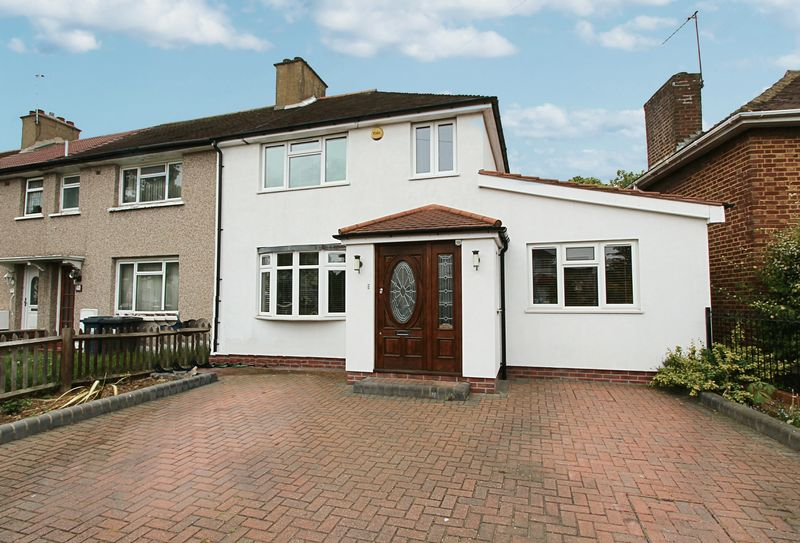 4 Bedrooms Semi Detached House for sale in Hicks Avenue, Greenford