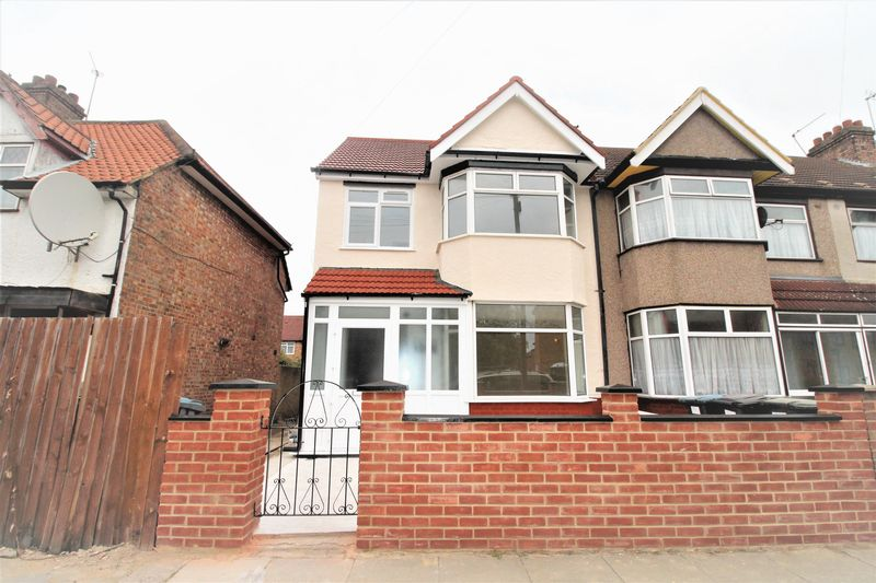 4 Bedrooms Terraced House for sale in Causeyware Road, Edmonton N9