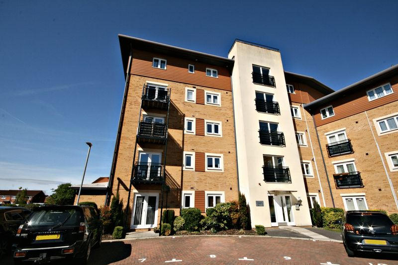 2 Bedrooms Flat for sale in 5 Manley Gardens, Bridgwater