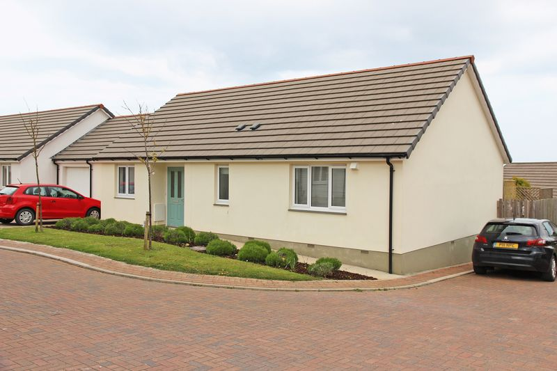 3 Bedrooms Detached Bungalow for sale in Parc An Rose, Newquay