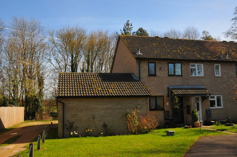 2 Bedrooms Semi Detached House for sale in Dovehouse Close, Eynsham