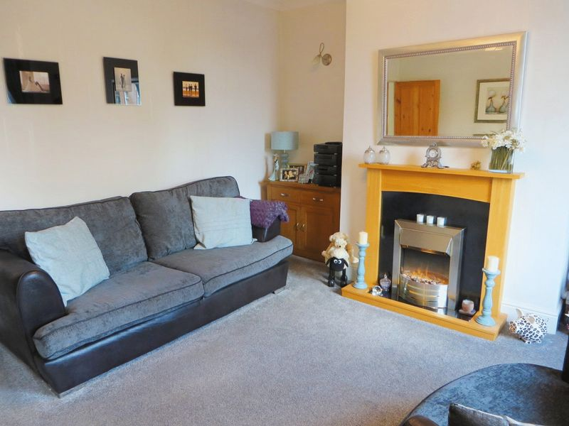 2 Bedrooms Terraced House for sale in River Street Radcliffe M26 1NZ