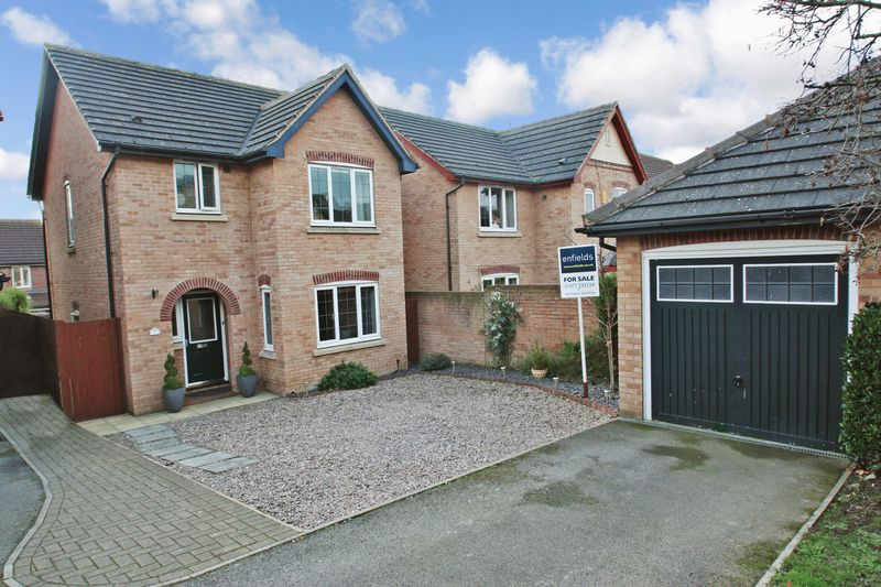 3 Bedrooms Detached House for sale in Abbey Gardens, Pontefract