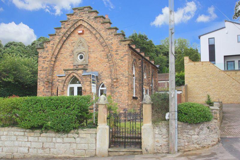 3 Bedrooms Detached House for sale in Wentbridge, Pontefract