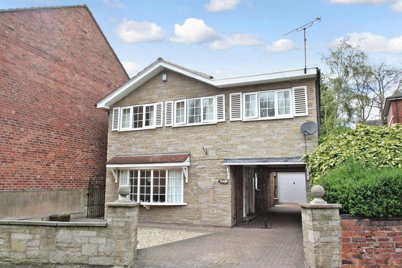 4 Bedrooms Detached House for sale in Walkergate, Pontefract