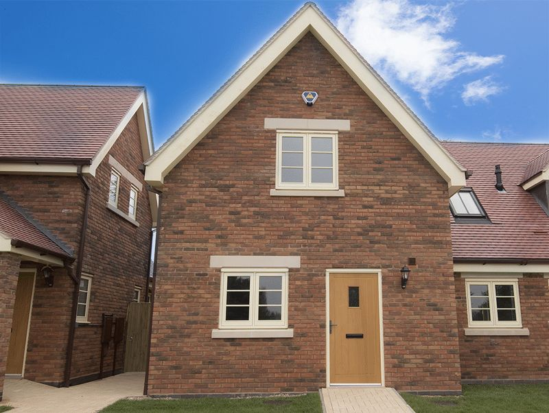 2 Bedrooms Terraced House for sale in 14, St Cassian's Way, Chaddesley Corbett