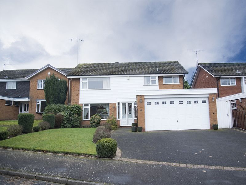 4 Bedrooms Detached House for sale in Wannerton Road, Blakedown