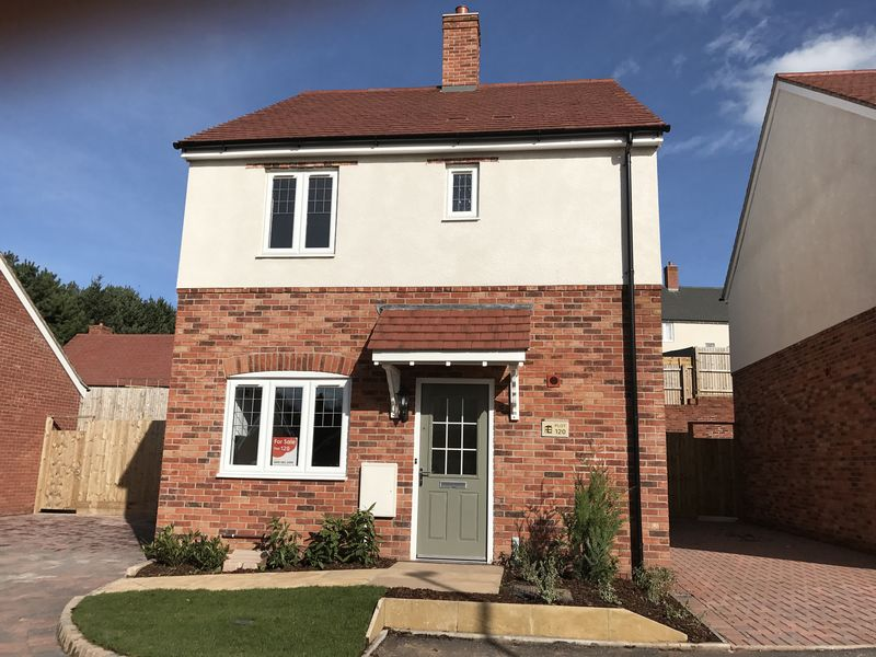 3 Bedrooms Detached House for sale in Plot 120, The Hunnington, Wychbury Fields, Hagley