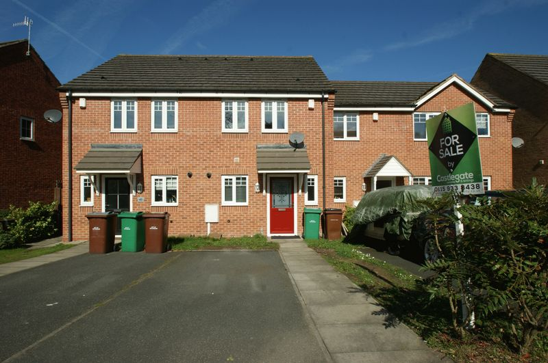 2 Bedrooms Terraced House for sale in Bakewell Drive, Top Valley
