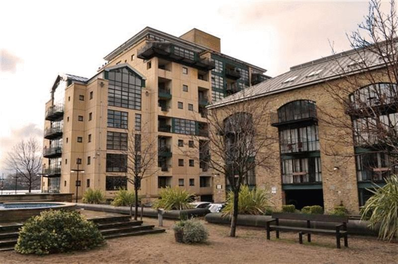 Burrells Wharf Square, London, E14