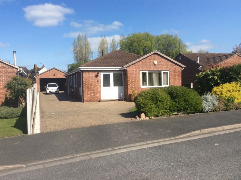 4 Bedrooms Detached Bungalow for sale in St Saviours Close, Retford