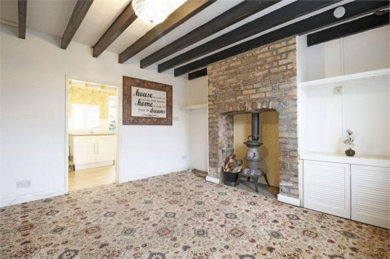 1 Bedroom Terraced House for sale in Church Street, Misterton