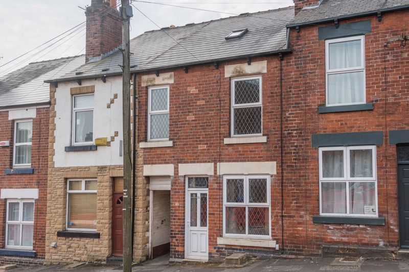 3 Bedrooms Property for sale in Warwick Street, Crookes, S10 1LX - Accommodation Over The Passageway