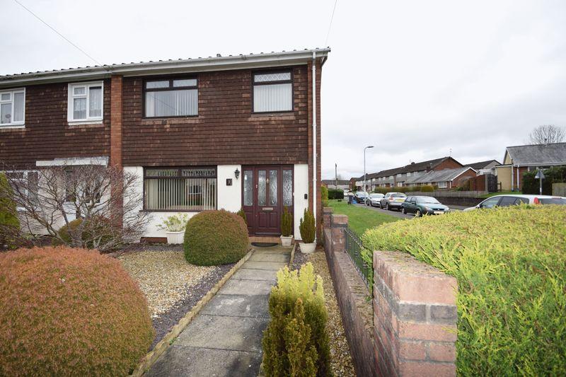 3 Bedrooms House for sale in Blodwen Road, New Inn