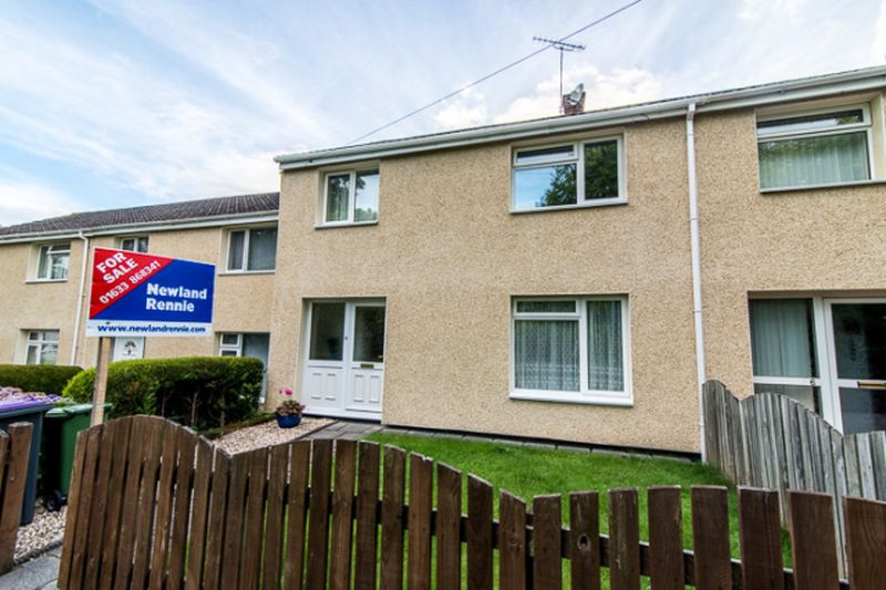 3 Bedrooms Terraced House for sale in Pendoylan Walk, St Dials, Cwmbran