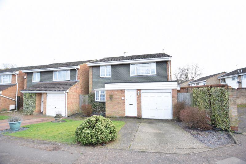 4 Bedrooms Detached House for sale in Botley Road, Hemel Hempstead