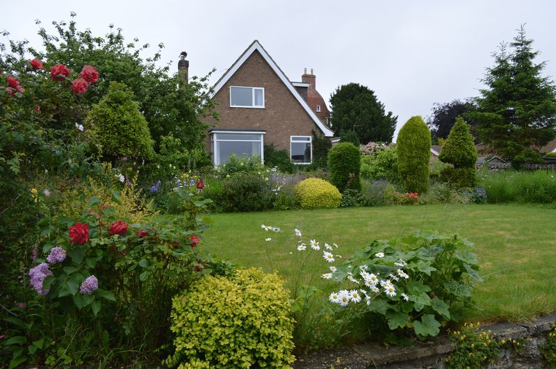 5 Bedrooms Detached House for sale in Blind Lane, Waddington