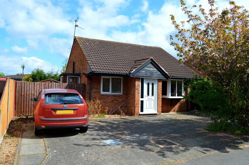 2 Bedrooms Detached Bungalow for sale in Aldergrove Crescent, LINCOLN