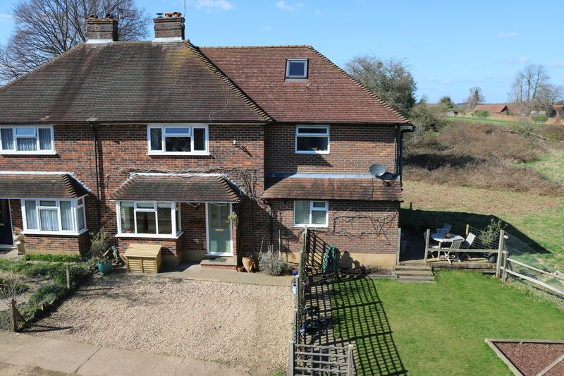 5 Bedrooms Semi Detached House for sale in Godalming