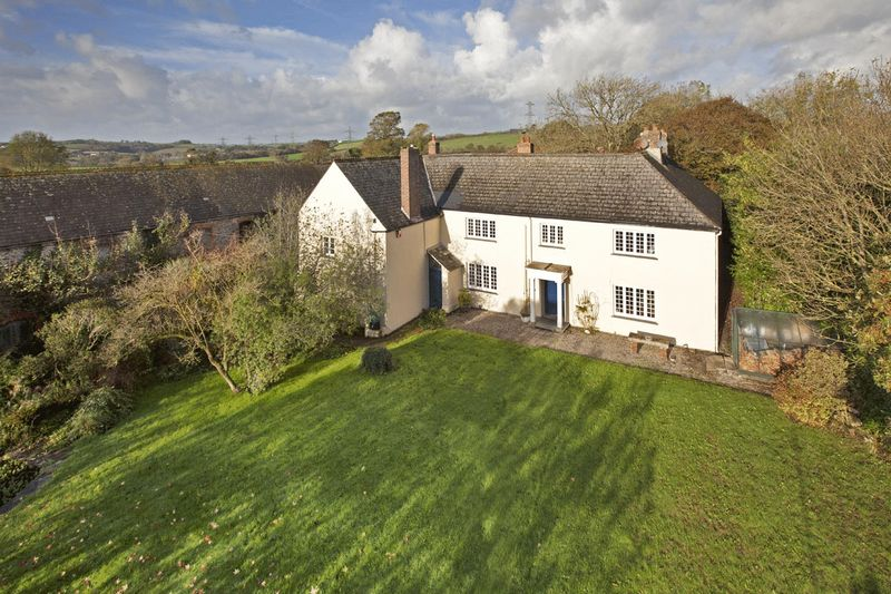 6 Bedrooms Detached House for sale in Landulph, Saltash