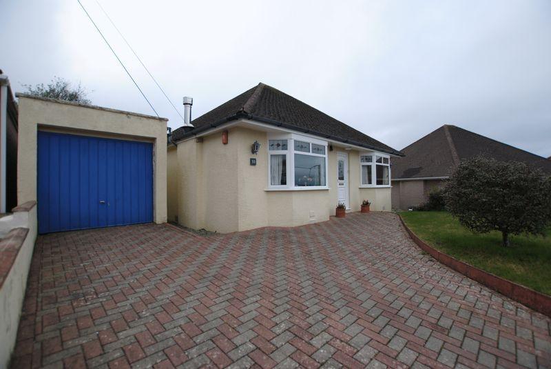 2 Bedrooms Detached Bungalow for sale in Longview Road, Saltash