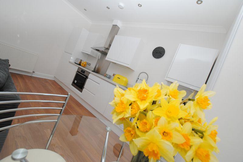 2 Bedrooms Flat for sale in Culver Road, Saltash
