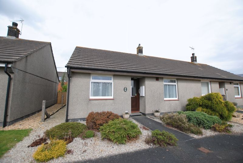 2 Bedrooms Semi Detached Bungalow for sale in Brooking Way, Saltash
