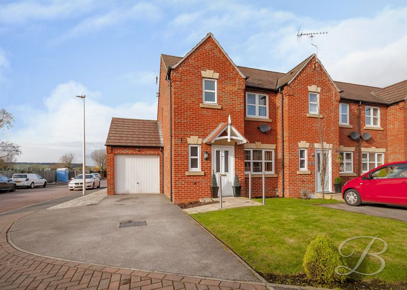 3 Bedrooms Terraced House for sale in Coral Crescent, Warsop
