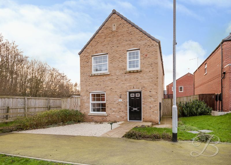 3 Bedrooms Detached House for sale in Parkland View, Huthwaite