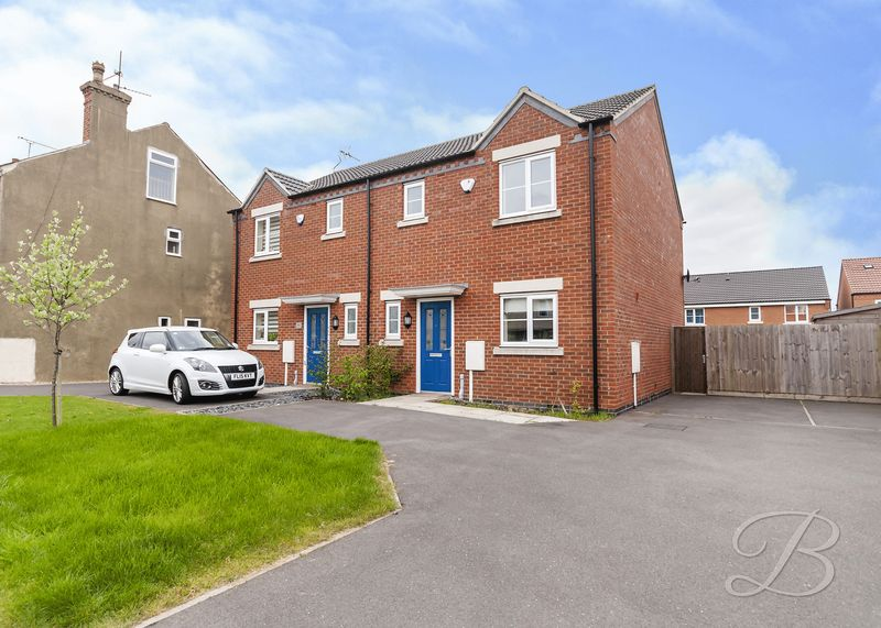 3 Bedrooms Semi Detached House for sale in Eastfield Side, Sutton-In-Ashfield