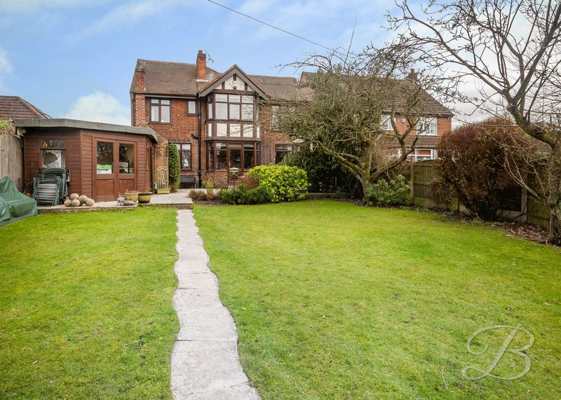 4 Bedrooms Detached House for sale in Garth Road, Mansfield