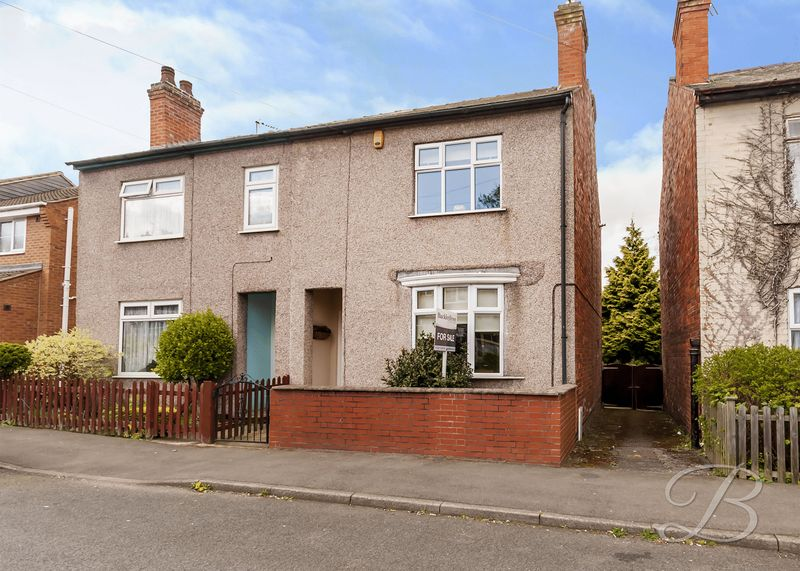 3 Bedrooms Semi Detached House for sale in Scarcliffe Street, Mansfield