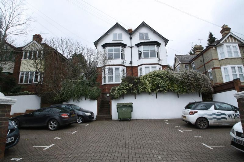 1 Bedroom Flat for sale in London Road, High Wycombe