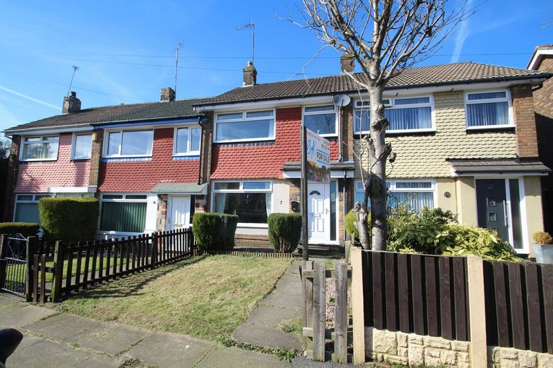 3 Bedrooms Terraced House for sale in 7 Mountain Ash, Rooley Moor, Rochdale OL12 7JD