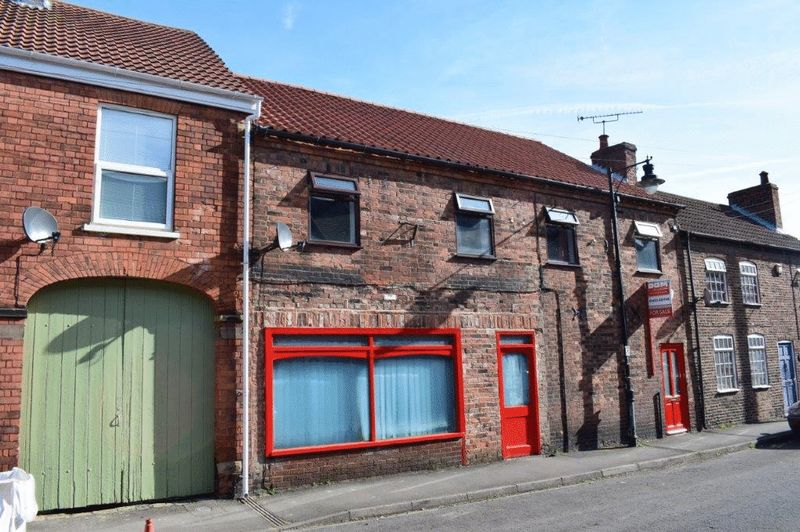 5 Bedrooms Cottage House for sale in Newport, Barton-Upon-Humber