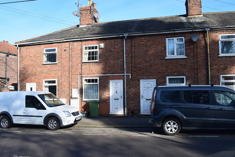 2 Bedrooms Terraced House for sale in Barrow Road, Barton-Upon-Humber