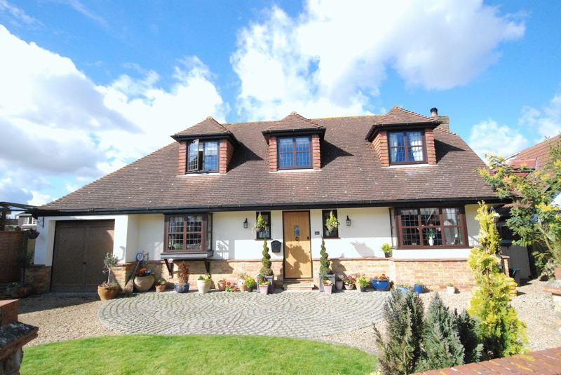 3 Bedrooms Detached House for sale in Hazelwood Road, Sevenoaks