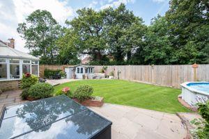 New Barn Lane Ridgewood