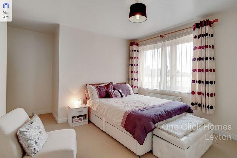 Master Bedroom Alt Angle